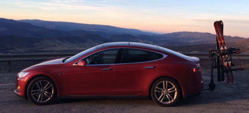 Tesla Model S Træk WEB